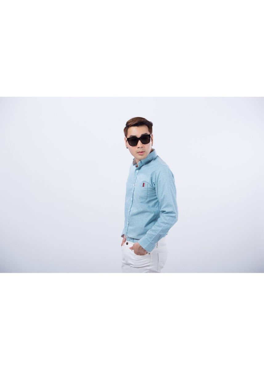 Green color Casual Shirts . Quattro - Turquoise DB Greyred -
