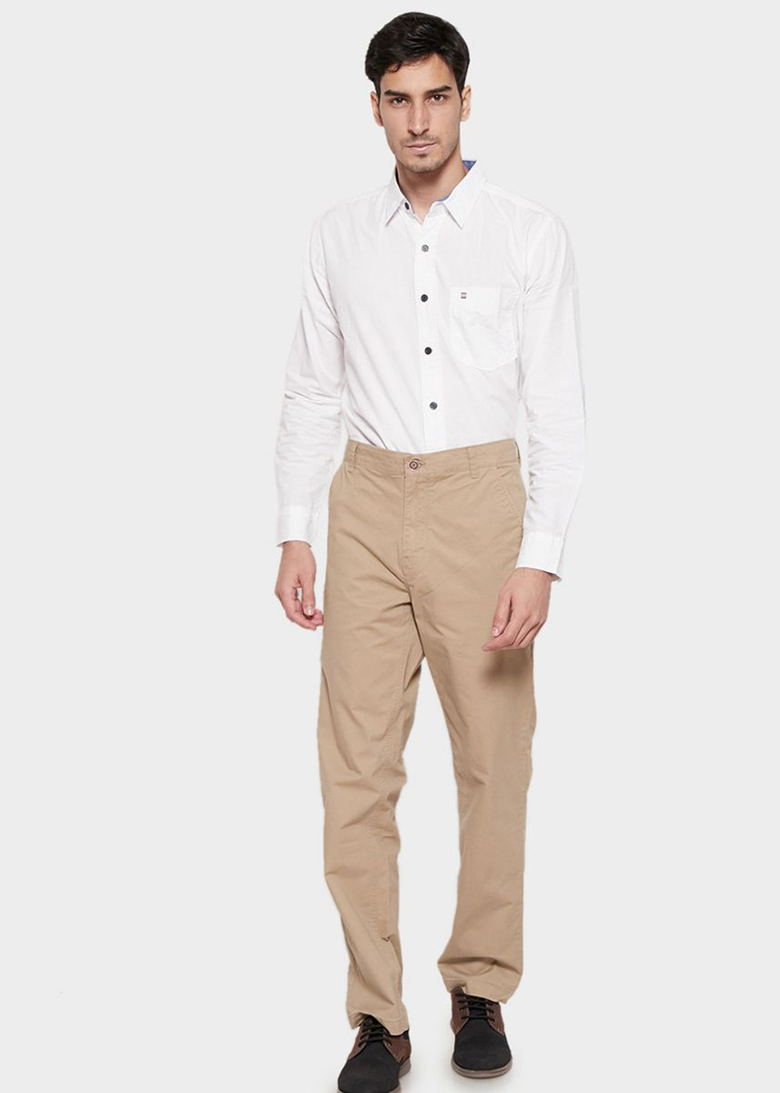 Khaki color Celana Panjang Kasual . Emba Classic Axelle One Men's Pants in Light Khaki -