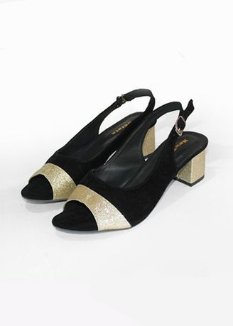 Black color Heels . NEW PRODUCT - Sepatu Heels Wanita Luxury Block Heels Black DLSH-09 -