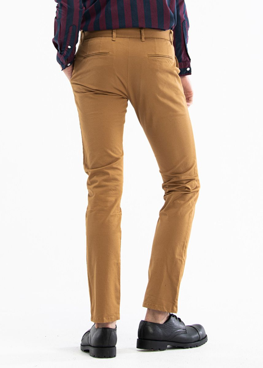 Brown color Formal Trousers . era-won กางเกงรุ่น Chino Stretch ทรง Skinny Fit สี Star War -