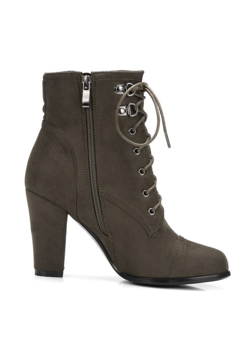 Green color Boots . Tip Tie High-heeled Boots -
