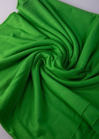 Green color Spandex . Kain Spandek Hijau -