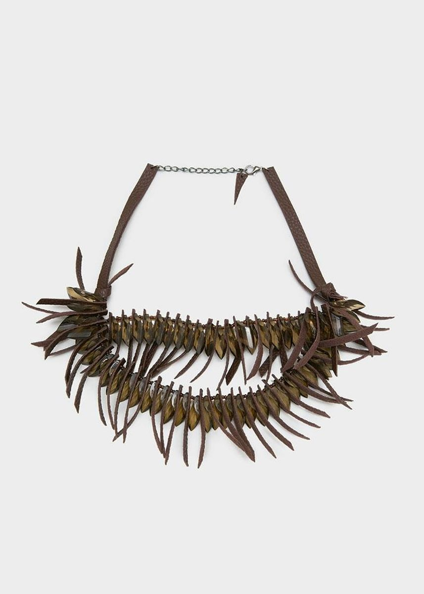 Cokelat color  . Berrybenka Juzlya Octarina Fringe Necklaces Brown -