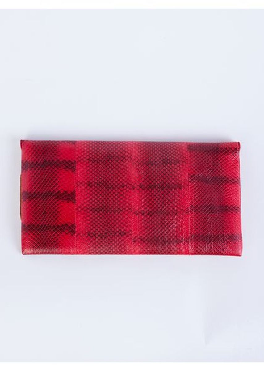 Red color Wallets and Clutches . กระเป๋าคลัช หนังงู -