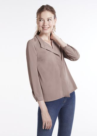Tops and Tunics . Long Sleeves Tie Pleated Blouse -