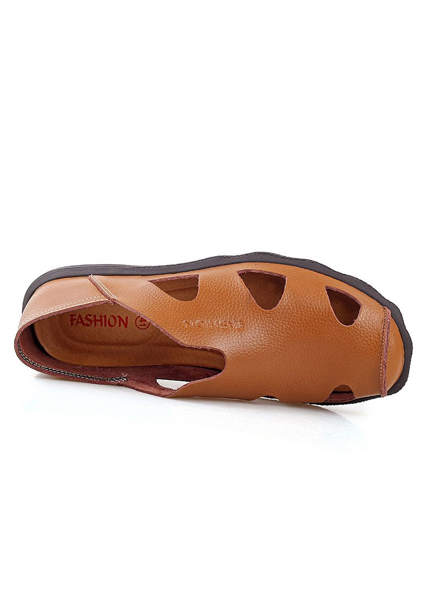 Brown color Sandals and Slippers . Fashion Wild Casual Sandals Beach -