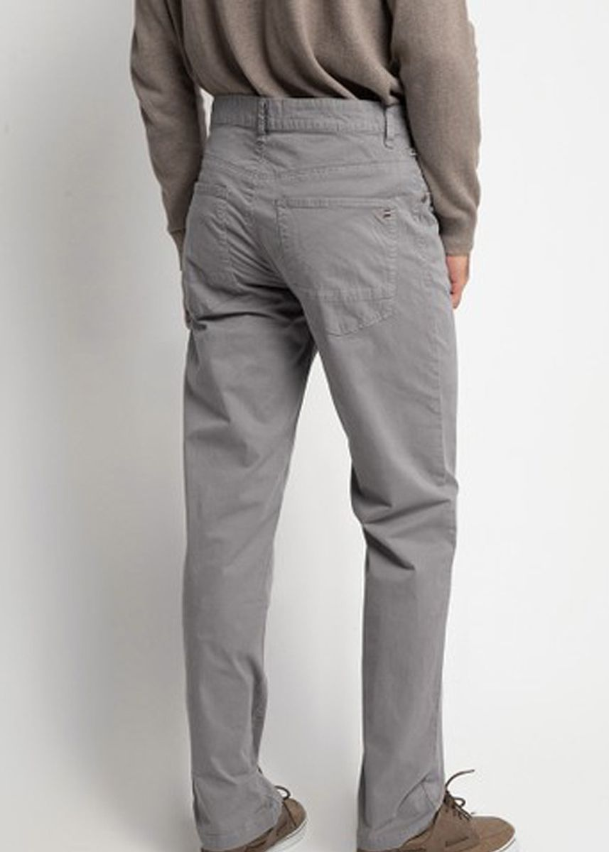 Abu-Abu color Celana Panjang Kasual . Emba Classic Ariton PFD Men's Pants in Dark Grey -