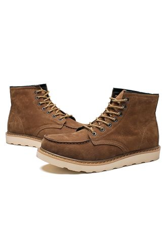 Brown color Boots . British Martin Boots Increased Desert Tooling -