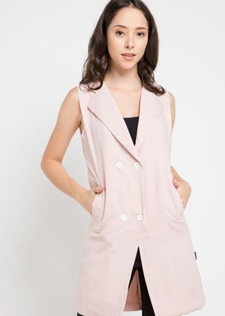 Pink color  . Morphidae Gisela Women Vest -
