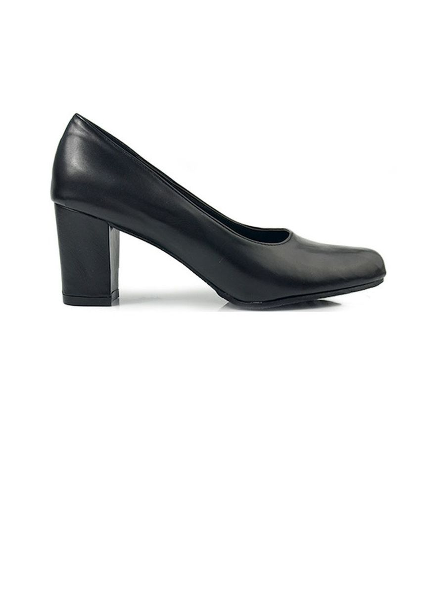 Black color Heels . Round Cover Toe Pumps With Block Middle Heels -