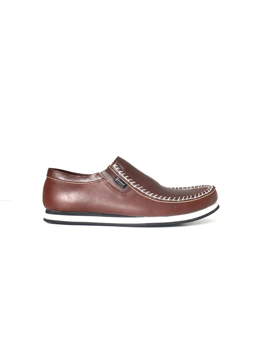 Brown color Casual Shoes . sepatu casual slip on -