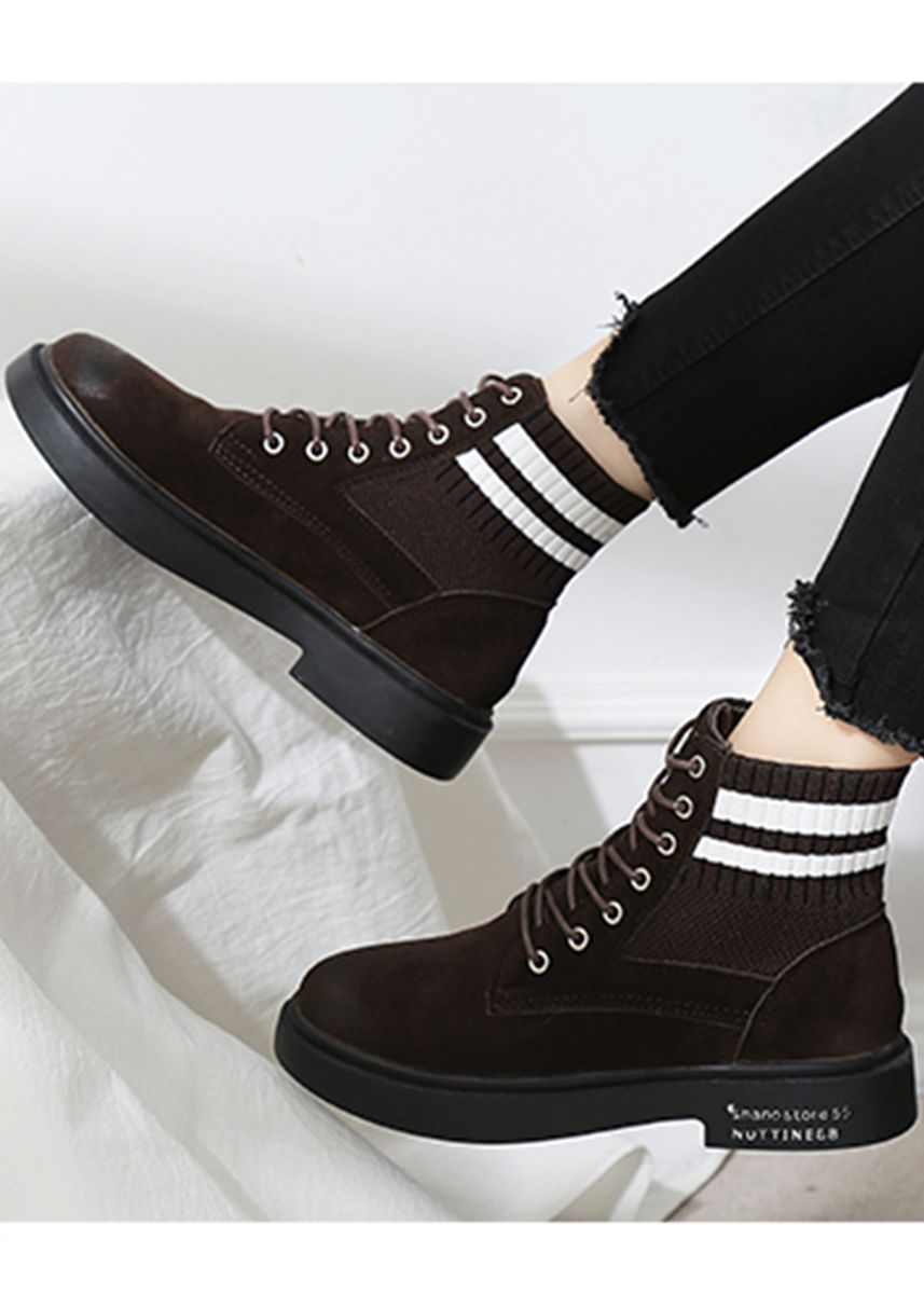 Brown color Boots . Women British Style Flat Lace-Up Martin Boots -