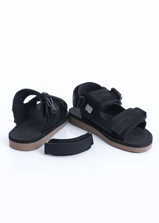 Black color Sandals and Slippers . sandal gunung Sandal Indore Sandal Pria -