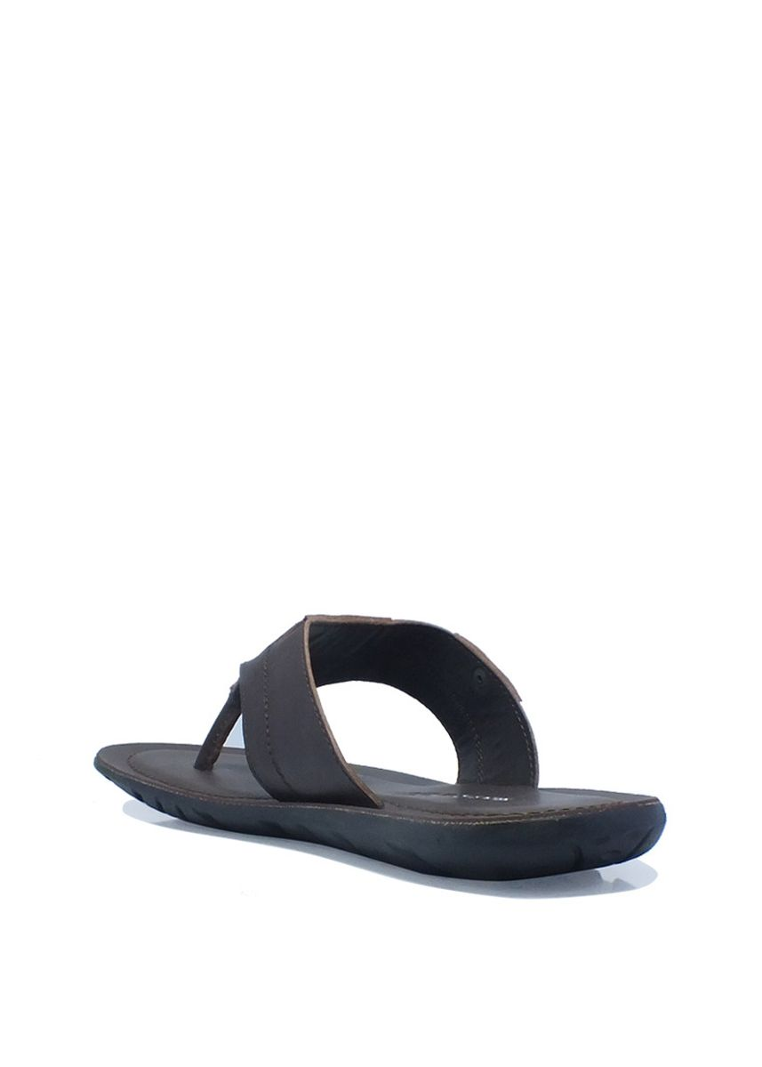 Brown color Sandals and Slippers . Casual Thong Sandals in Brown -