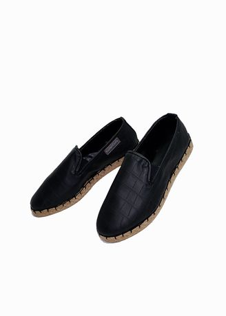 Black color Casual Shoes . Southern Comfy Ltr Beluga Black Leatherette Shoes For Women -