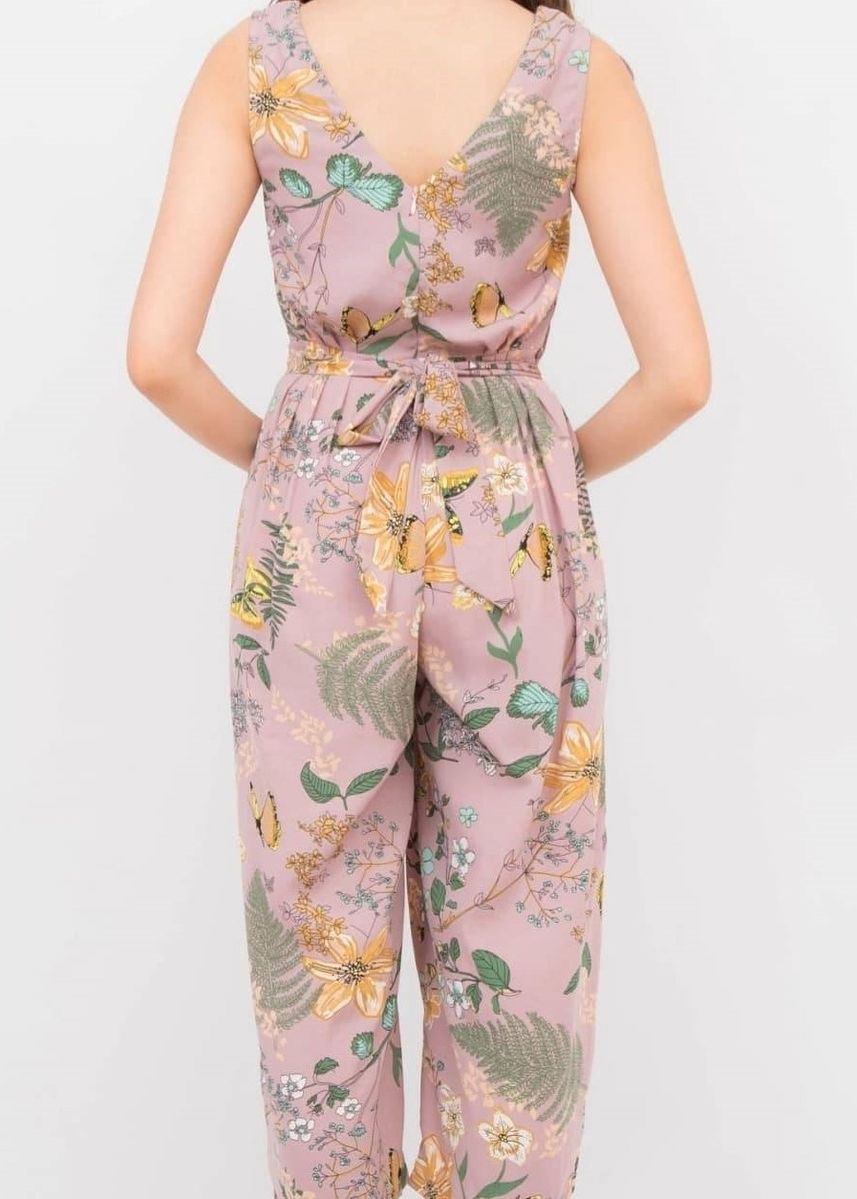 Pink color Jump Suits . Style Blue จั้มสูทแขนกุด รุ่น Butterfly Three Quarter -