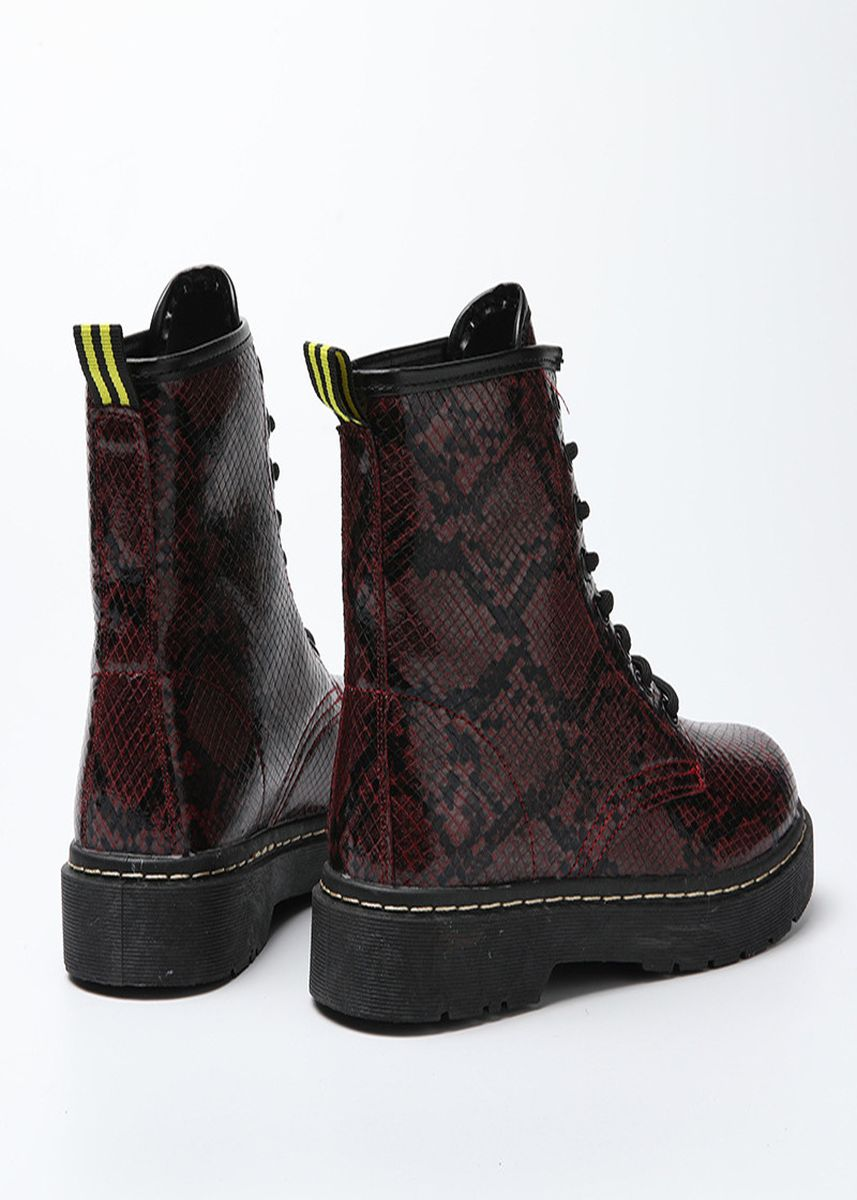 Maroon color Boots . Leisure Serpentine Martin Boots -