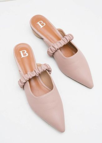 Pink color Heels . Berrybenka Yooca Febitha Mary Jane Mules Dusty Pink -