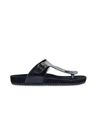 Black color Sandals and Slippers . Sandal Casual Pria Lexon Fullblack -
