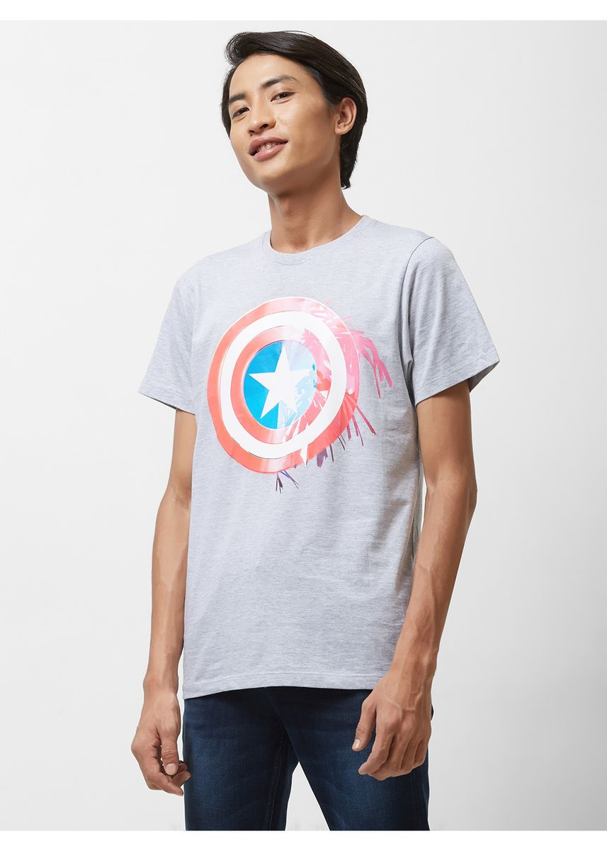 เทา color เสื้อยืดและเสื้อโปโล . Official MARVEL 80th Marvel's Captain America Print T-shirt with Crew Neck -