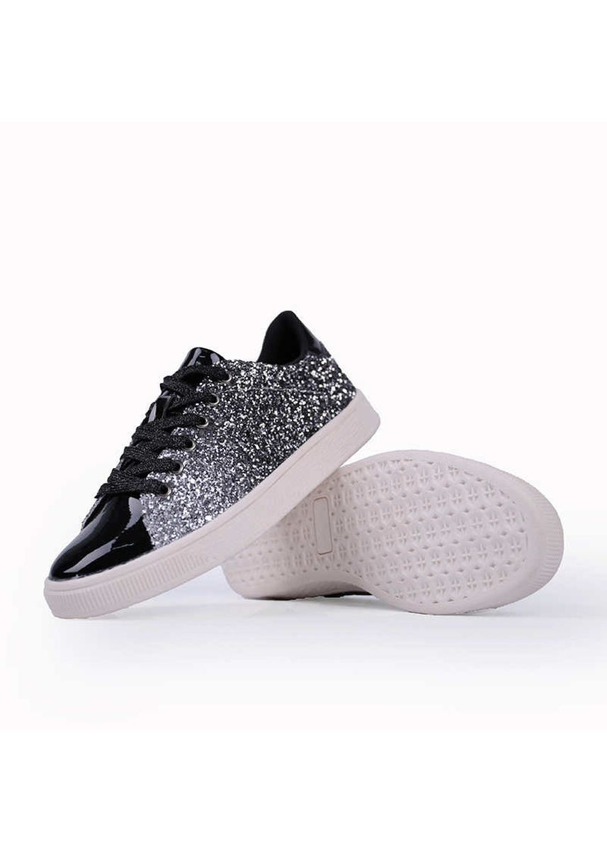 Black color Casual Shoes . Women's Youth Trend Colorful Fashion Shoes -
