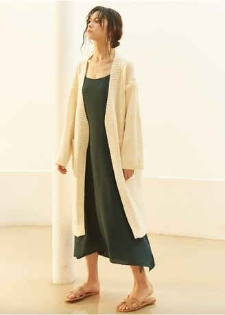 สีเบจ color แจ็คเก็ต . Warm Me Please Knitted Long Trench Coat -