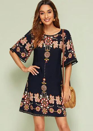 ดำ color เดรส . Floral Print Half Sleeve Shift Dresses -
