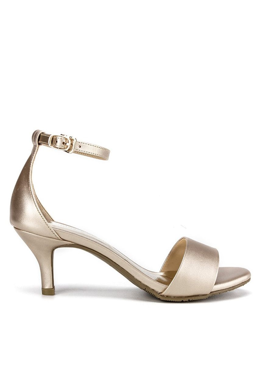 Gold color Heels . Nicholas edison Heel Riesa 2 Light Gold -