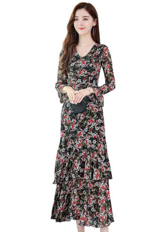 แดง color เดรส . Long Sleeve Slimming Long Chiffon Dress  -