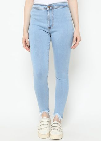 Biru color Celana Jeans . Nuber Celana Panjang Jeans Highwaist Wanita Tri Washed Blue Stretch-Gazania -