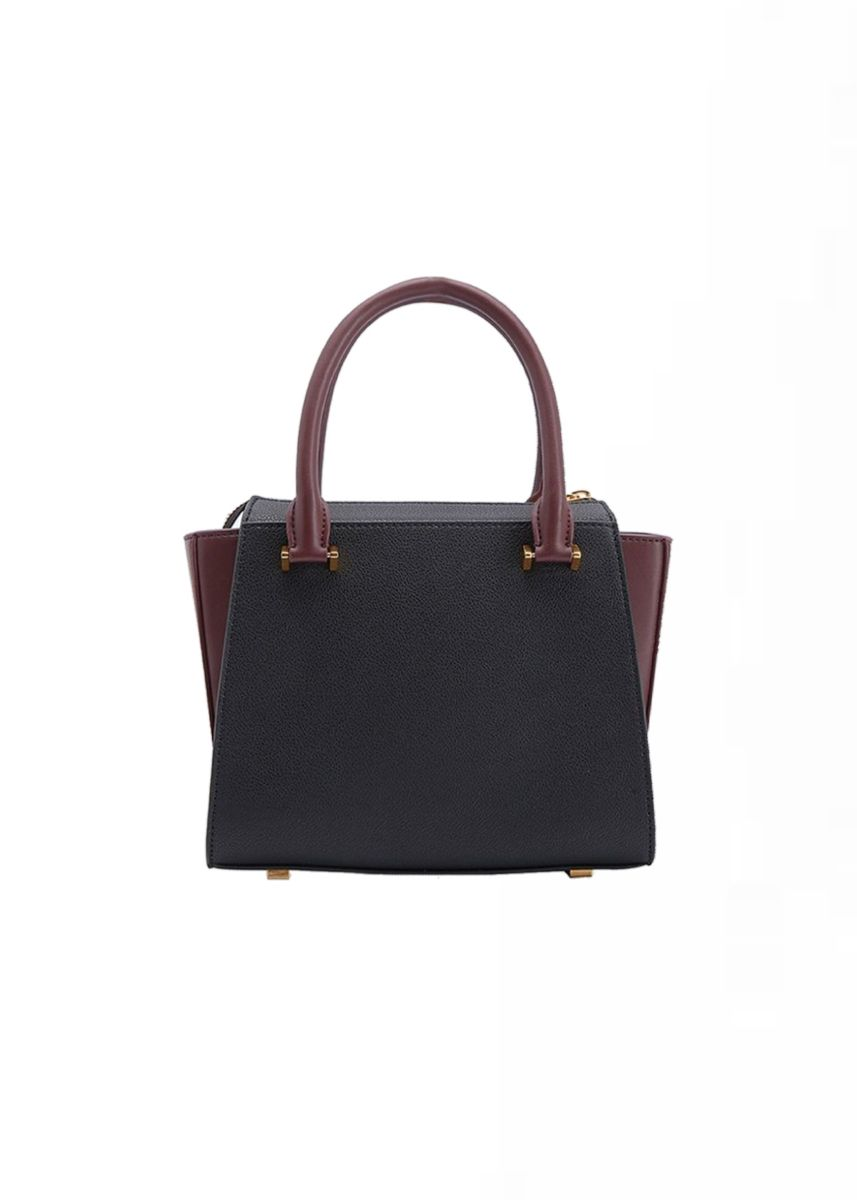 ดำ color กระเป๋าถือ . CHARLES & KEITH Trapeze Top Handle bag -
