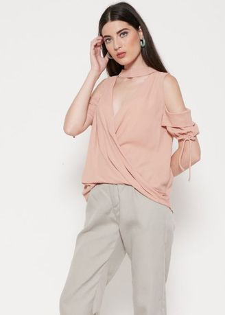 Khaki color Atasan & Tunik . The-Fahrenheit Martha Chromatale Choker Cold Shoulder Wrap Blouse - Cappucino -