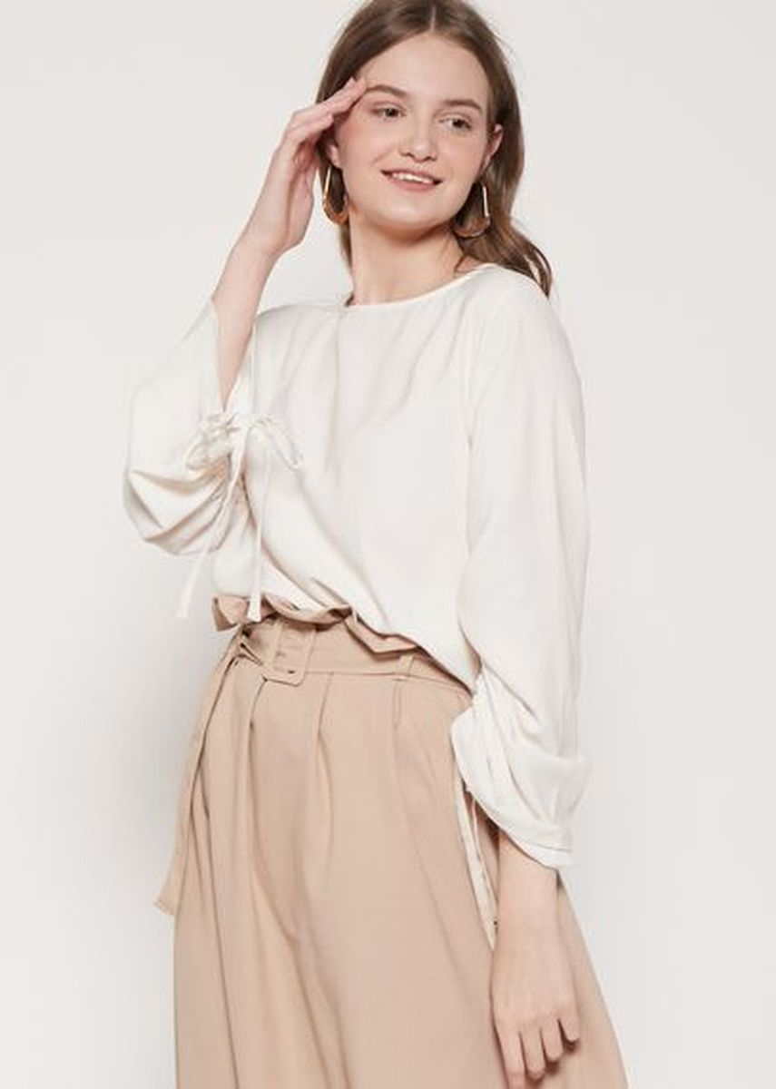 White color Tops and Tunics . The-Fahrenheit Birmingham Iconic Tie-Sleeve Crepe Blouse - White -