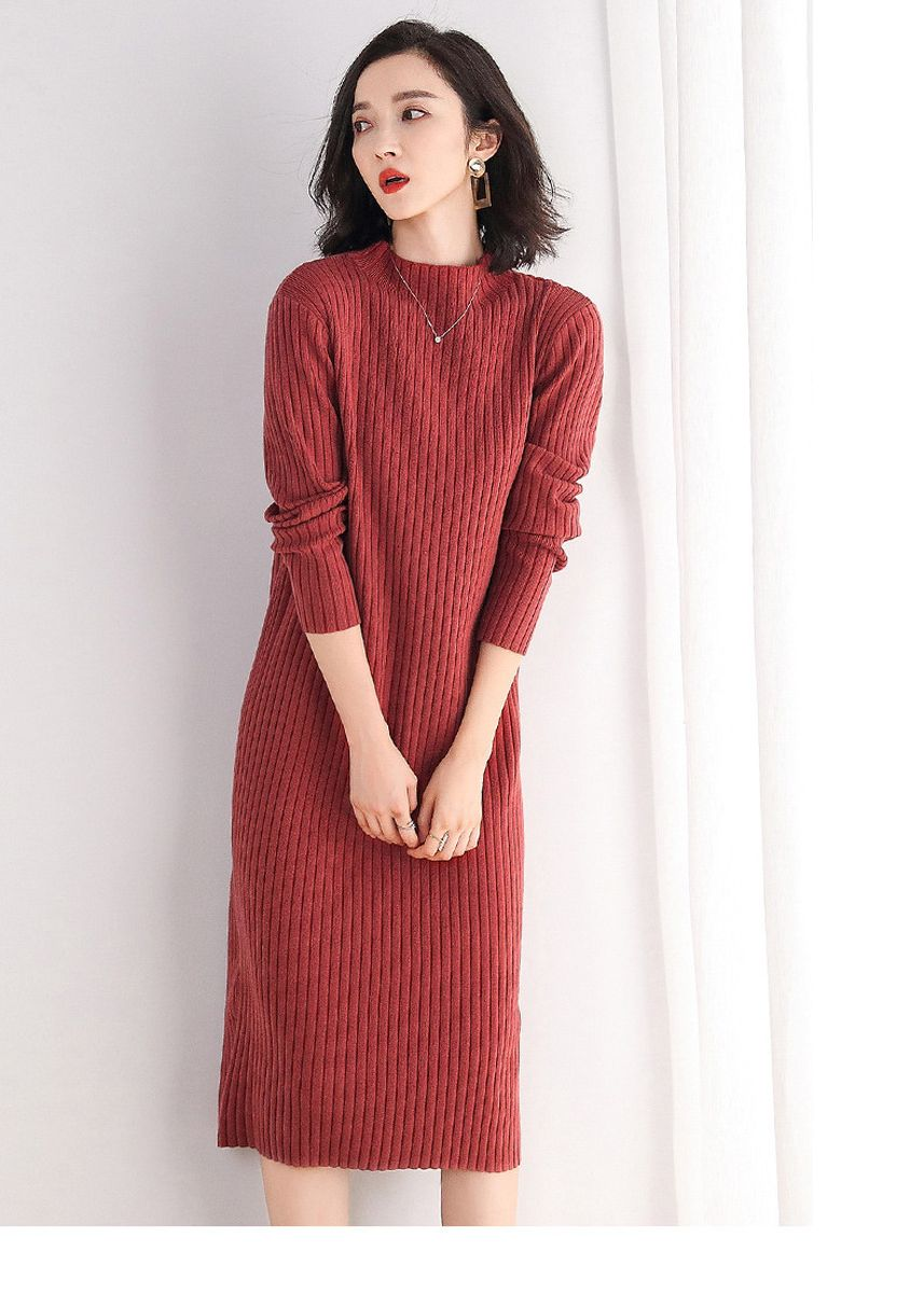 Red color Jump Suits . Loose Mid-length Padded Sweater -