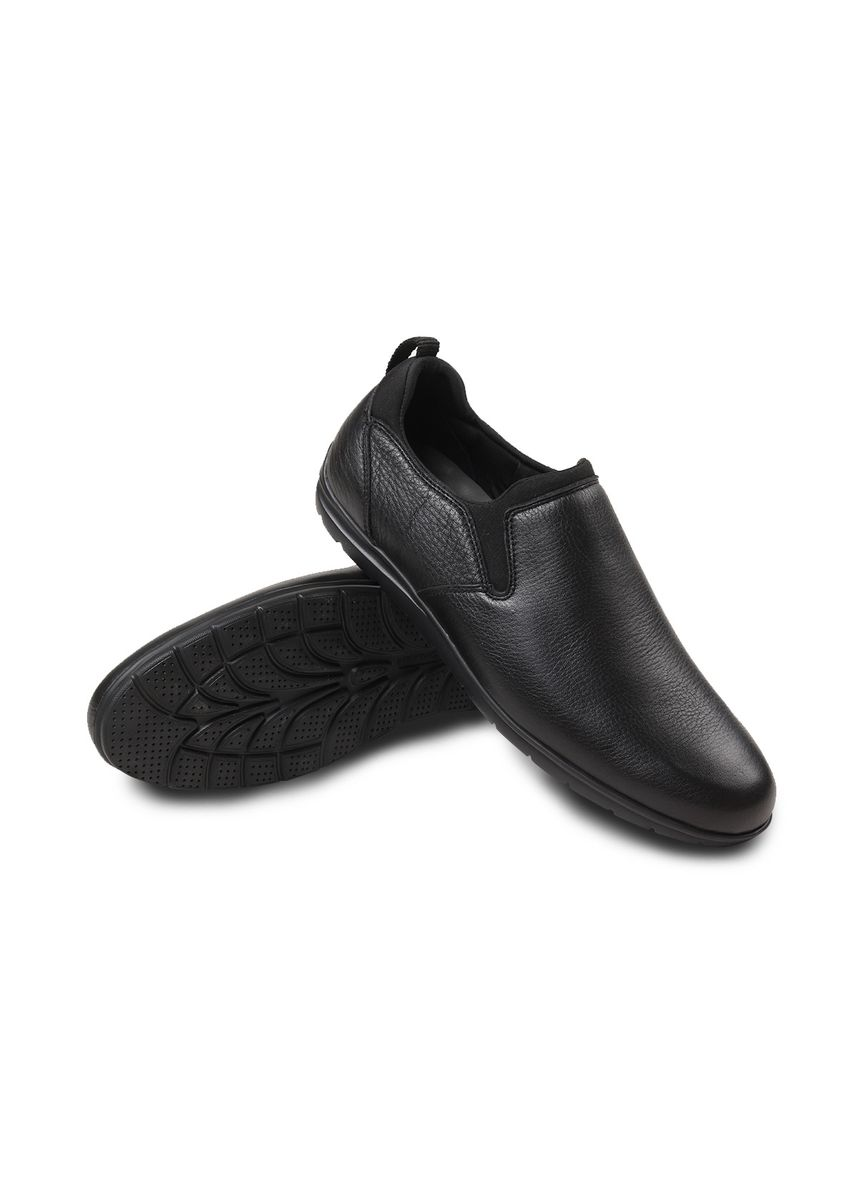 Black color Casual Shoes . Gino Mariani Leander 10 - Men's Casual Shoes -