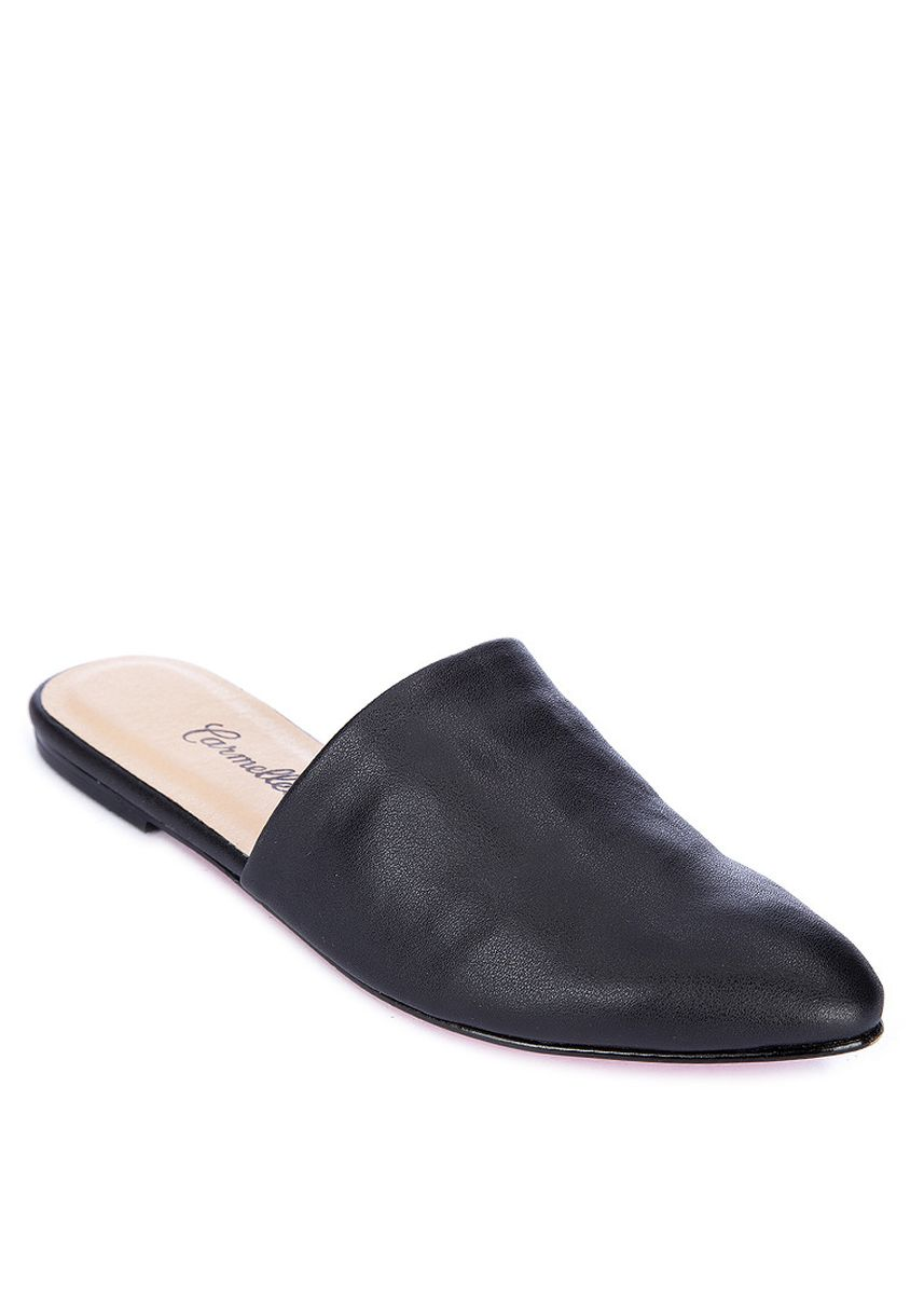 Black color Flats . Carmelletes Pointed Flat Mules -
