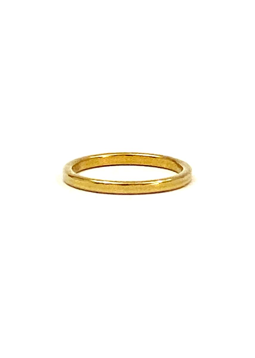 Gold color  . pflow BAE Esse Ring 1mm Size 6 -
