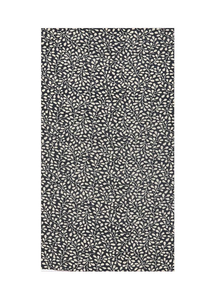Black color  . 100% POLYESTER, Rs. 152/kg -