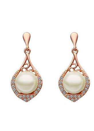 Pink color  . Sukkhi Gorgeous Cubic Zirconia Pink Gold Plated Earring for Women -