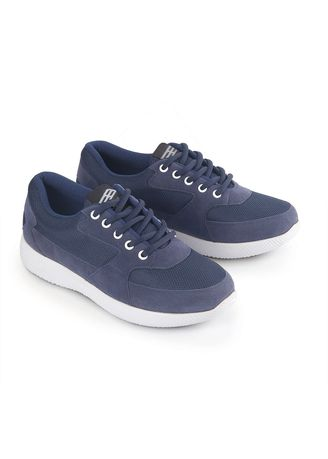 Navy color Casual Shoes . BLCKLY Sepatu Sneakers Wanita Sporty - Navy -
