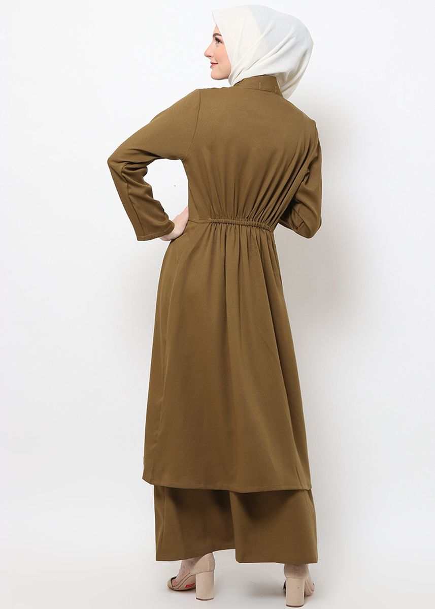 Hijau color Terusan/Dress . Hazelnut Nikita Dress - Gaun - Coklat Army -