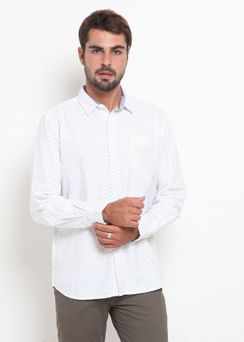 White color Casual Shirts . Police Kemeja Polos Regular Fit Pria -