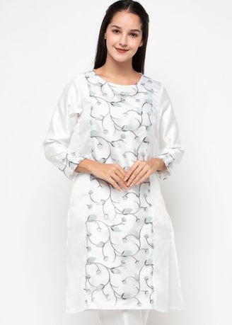 Putih color Atasan . Chanira Festive Adiva Tunic -