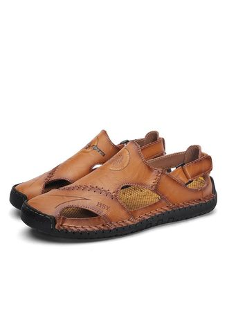Sandals and Slippers . Men Cool Fashion Breathable Beach Sandals -