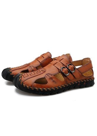 Sandals and Slippers . Men Fashion Breathable Beach Sandals -