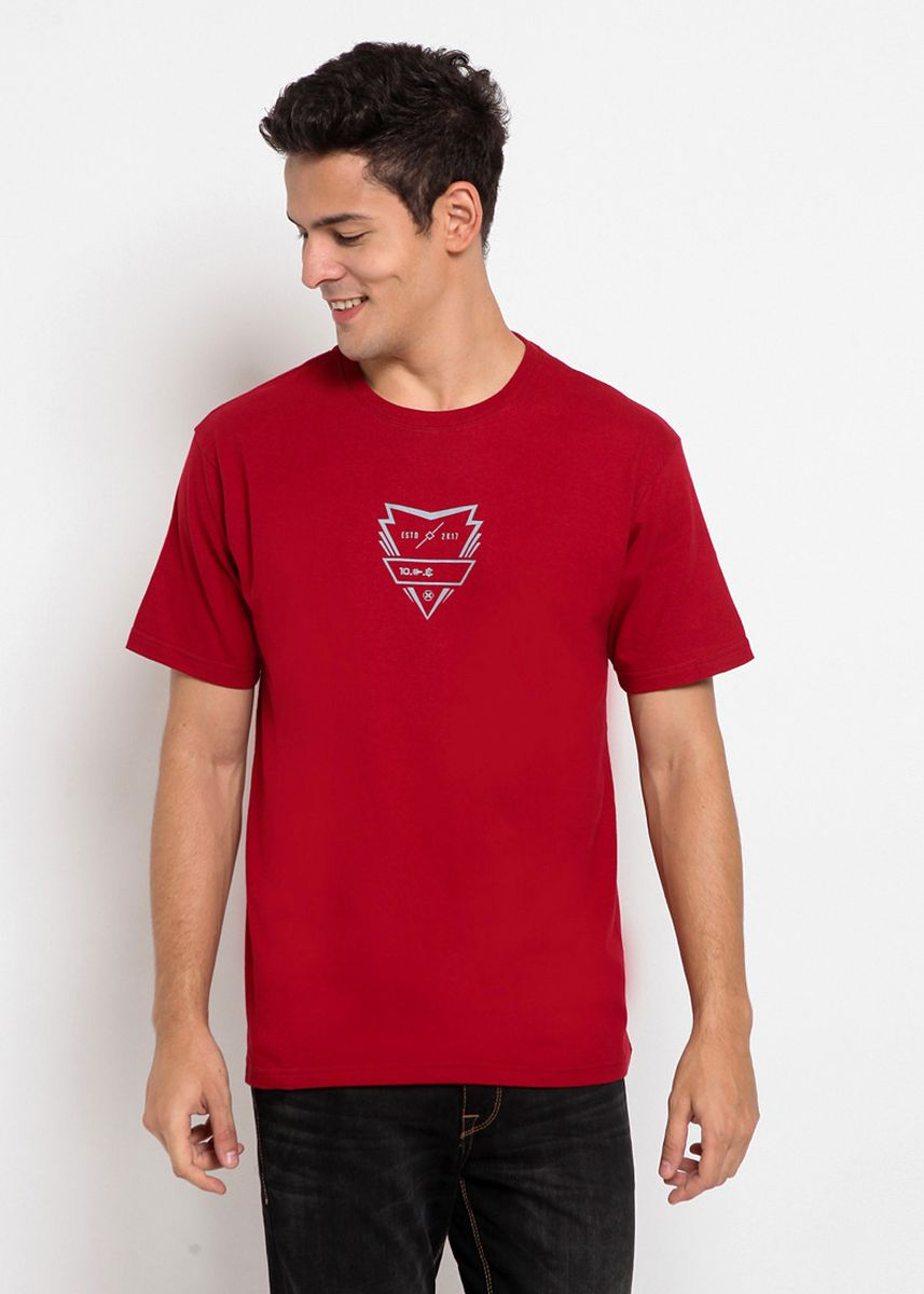 Maroon color T-Shirts and Polos . XTRAORDINARY Kaos Cotton Pria -