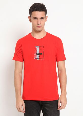 Red color T-Shirts and Polos . POLICE Kaos Basic Pria -