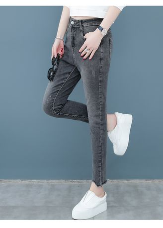 เทา color ยีนส์ . Nine Points Fitted Pants Tight Bound Feet -