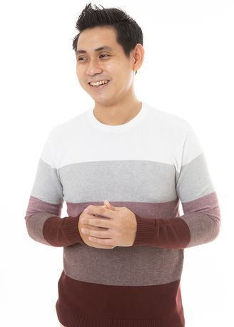 Merah color Sweater . MANLY Sweater Hind -
