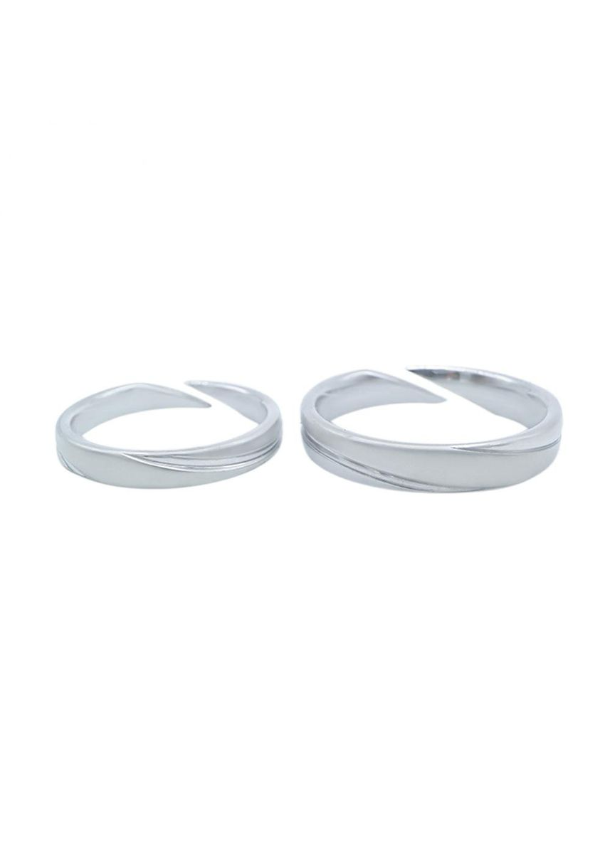 Grey color  . Mio Mio by Silverworks Spiral Design Sandblasted Couple Band Ring -